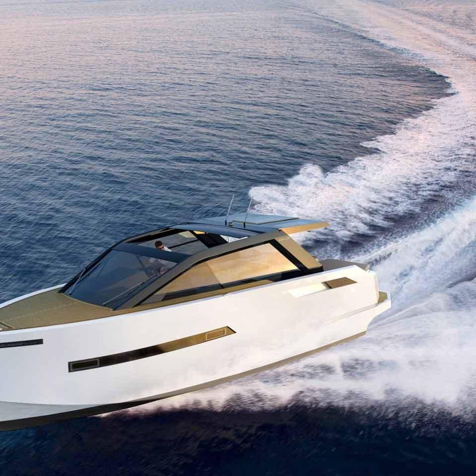 De Antonio Yachts D43 cruiser